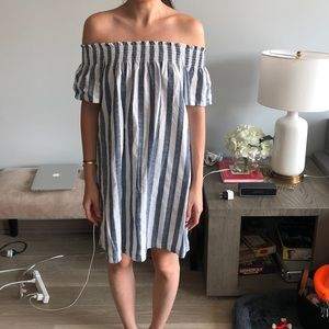 Editor's Market Off the Shoulder Dress Small